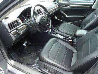 2016 Volkswagen Passat SE. SUNRF. LTHR. CAM. HTD SEATS. APPLE CARPLA SEFFNER, Florida 13