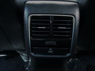 2016 Volkswagen Passat SE. SUNRF. LTHR. CAM. HTD SEATS. APPLE CARPLA SEFFNER, Florida 16