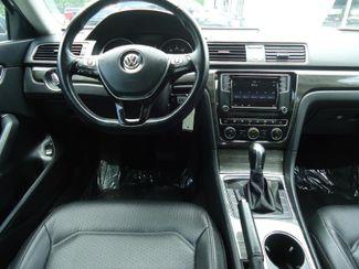2016 Volkswagen Passat SE. SUNRF. LTHR. CAM. HTD SEATS. APPLE CARPLA SEFFNER, Florida 17