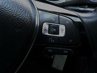 2016 Volkswagen Passat SE. SUNRF. LTHR. CAM. HTD SEATS. APPLE CARPLA SEFFNER, Florida 21