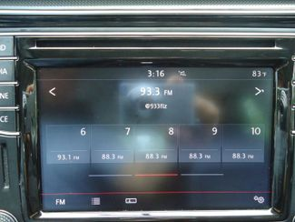 2016 Volkswagen Passat SE. SUNRF. LTHR. CAM. HTD SEATS. APPLE CARPLA SEFFNER, Florida 25
