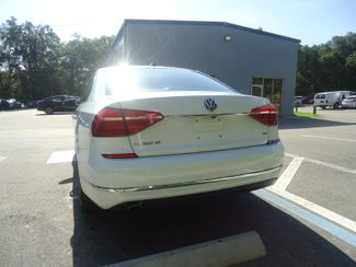 2016 Volkswagen Passat SE SUNRF. LTHR. CAM. HTD SEATS. APPLE CARPLAY SEFFNER, Florida 10