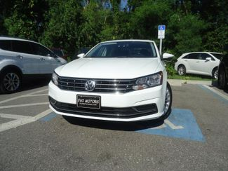 2016 Volkswagen Passat SE SUNRF. LTHR. CAM. HTD SEATS. APPLE CARPLAY SEFFNER, Florida 6