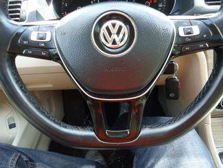 2016 Volkswagen Passat SE SUNRF. LTHR. CAM. HTD SEATS. APPLE CARPLAY SEFFNER, Florida 20
