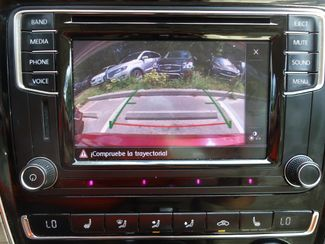 2016 Volkswagen Passat SE SUNRF. LTHR. CAM. HTD SEATS. APPLE CARPLAY SEFFNER, Florida 32