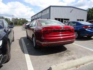 2016 Volkswagen Passat SE SUNRF. LTHR. CAM. HTD SEATS. APPLE CARPLAY SEFFNER, Florida 9