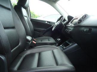 2016 Volkswagen Tiguan LEATHER. CAMERA. HTD SEATS. APPLECARPLAY SEFFNER, Florida 14