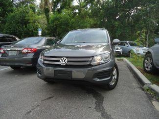 2016 Volkswagen Tiguan LEATHER. CAMERA. HTD SEATS. APPLECARPLAY SEFFNER, Florida 5
