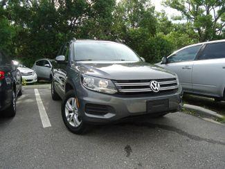 2016 Volkswagen Tiguan LEATHER. CAMERA. HTD SEATS. APPLECARPLAY SEFFNER, Florida 6