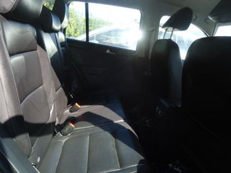 2016 Volkswagen Tiguan LEATHER. HTD SEATS. CAMERA. APPLE CARPLAY SEFFNER, Florida 16