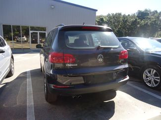 2016 Volkswagen Tiguan LEATHER. HTD SEATS. CAMERA. APPLE CARPLAY SEFFNER, Florida 9