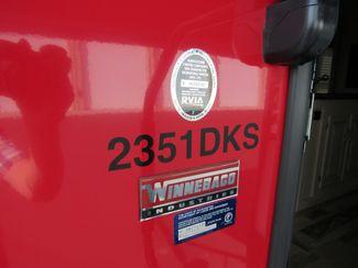 2016 Winnebago Minnie 2351DKS  Like New! Bend, Oregon 5