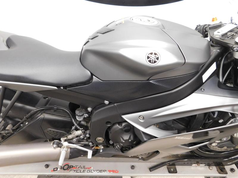 2016 Yamaha YZF-R6  in Eden Prairie, Minnesota