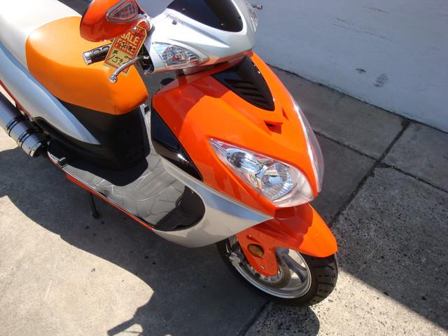 2016 Yong 10 D scooter Daytona Beach, FL 2