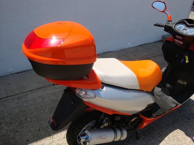 2016 Yong YN 12 scooter Daytona Beach, FL 4