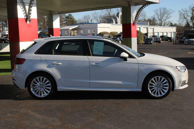 2017 Audi A3 Sportback e-tron Premium FWD - PHEV HYBRID - LIKE NEW! Mooresville , NC 14