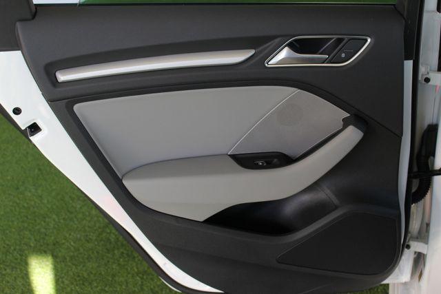 2017 Audi A3 Sportback e-tron Premium FWD - PHEV HYBRID - LIKE NEW! Mooresville , NC 51