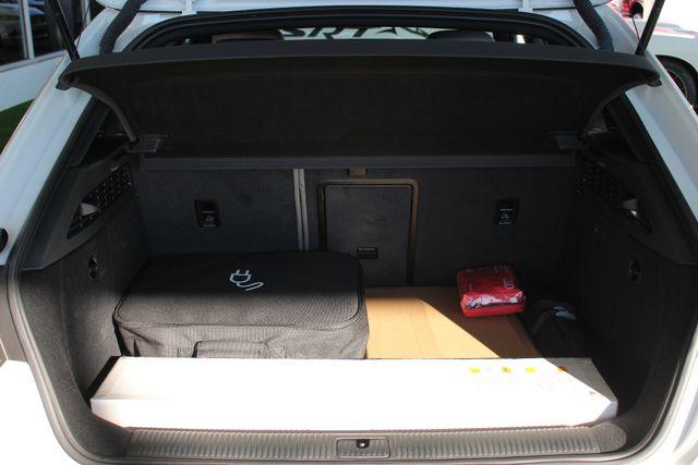2017 Audi A3 Sportback e-tron Premium FWD - PHEV HYBRID - LIKE NEW! Mooresville , NC 11
