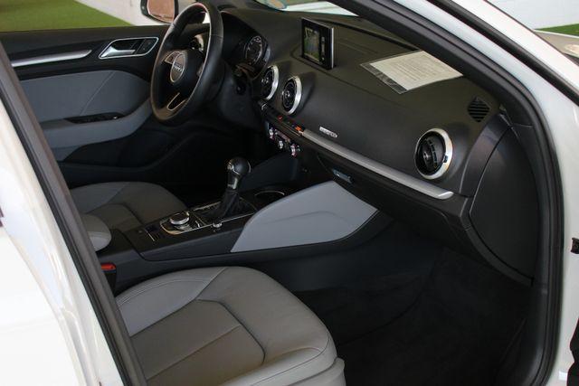 2017 Audi A3 Sportback e-tron Premium FWD - PHEV HYBRID - LIKE NEW! Mooresville , NC 31