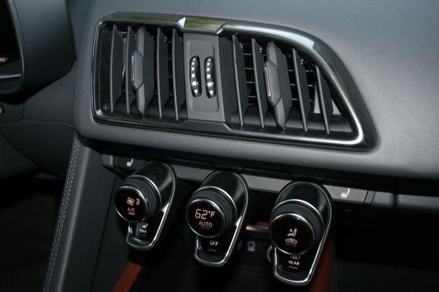 2017 Audi R8 Coupe V10 Houston, Texas 21