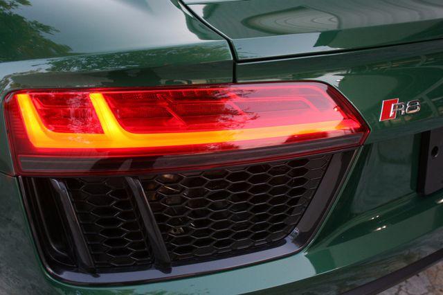 2017 Audi R8 Coupe V10 Houston, Texas 7