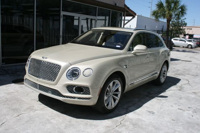 2017 Bentley Bentayga W12 Houston, Texas 1