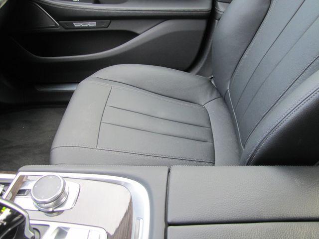 2017 BMW 740i xDrive St. Louis, Missouri 8