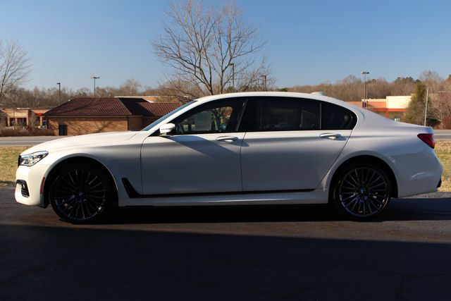 2017 BMW 750i RWD - M SPORT, EXECUTIVE & DRIVER PLUS II PKGS! Mooresville , NC 17