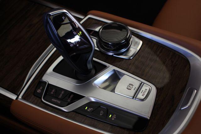 2017 BMW 750i RWD - M SPORT, EXECUTIVE & DRIVER PLUS II PKGS! Mooresville , NC 111
