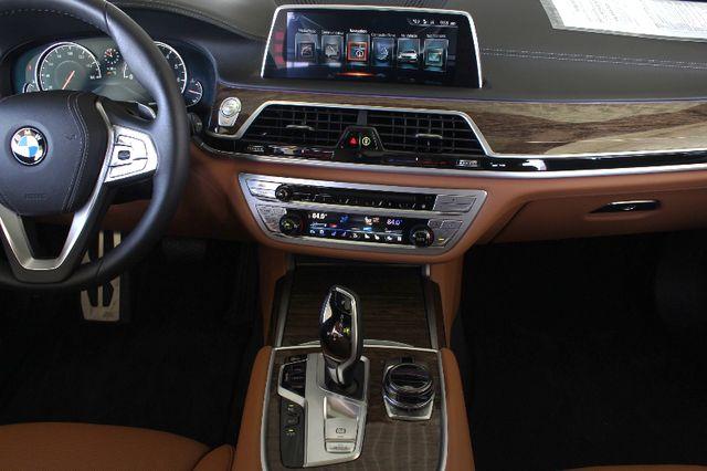 2017 BMW 750i RWD - M SPORT, EXECUTIVE & DRIVER PLUS II PKGS! Mooresville , NC 11
