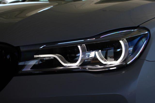 2017 BMW 750i RWD - M SPORT, EXECUTIVE & DRIVER PLUS II PKGS! Mooresville , NC 39