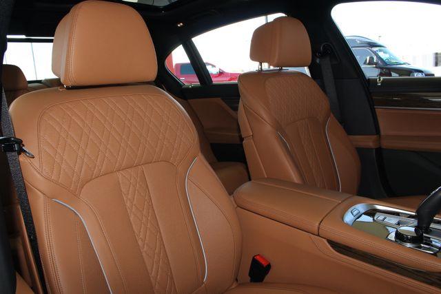 2017 BMW 750i RWD - M SPORT, EXECUTIVE & DRIVER PLUS II PKGS! Mooresville , NC 122
