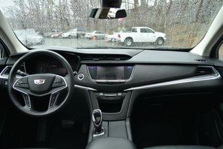 2017 Cadillac XT5 Luxury FWD Naugatuck, Connecticut 13