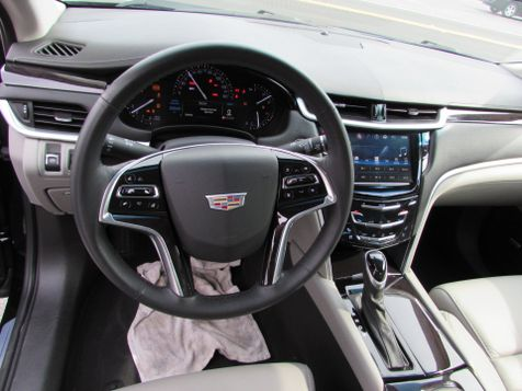 2017 Cadillac XTS Luxury W/NAVI | Clearwater, Florida | The Auto Port Inc in Clearwater, Florida