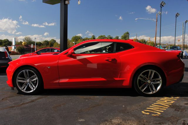 2017 Chevrolet Camaro LT/2LT RS - SUNROOF - HEATED/COOLED LEATHER! Mooresville , NC 16