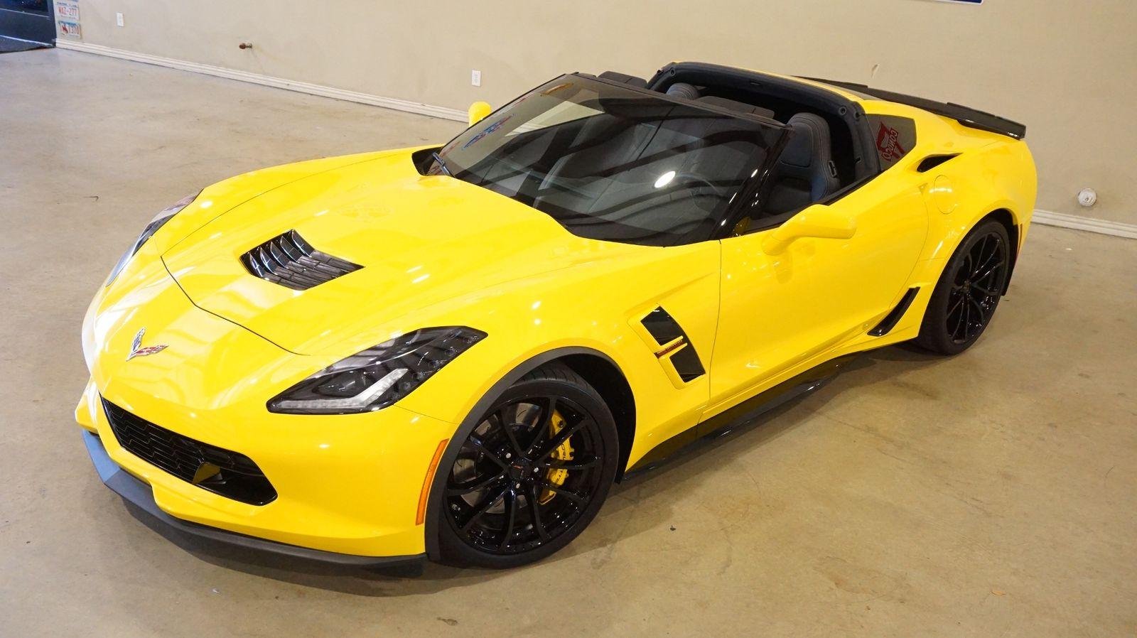 2017 Yellow Chevrolet Corvette Grand Sport 1LT | C7 Corvette Photo 7