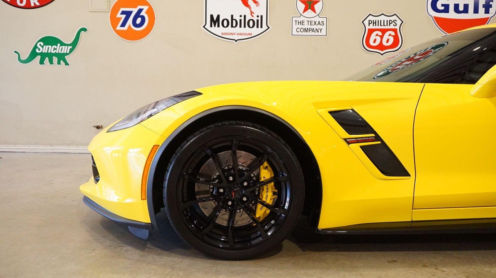 2017 Yellow Chevrolet Corvette Grand Sport 1LT | C7 Corvette Photo 5