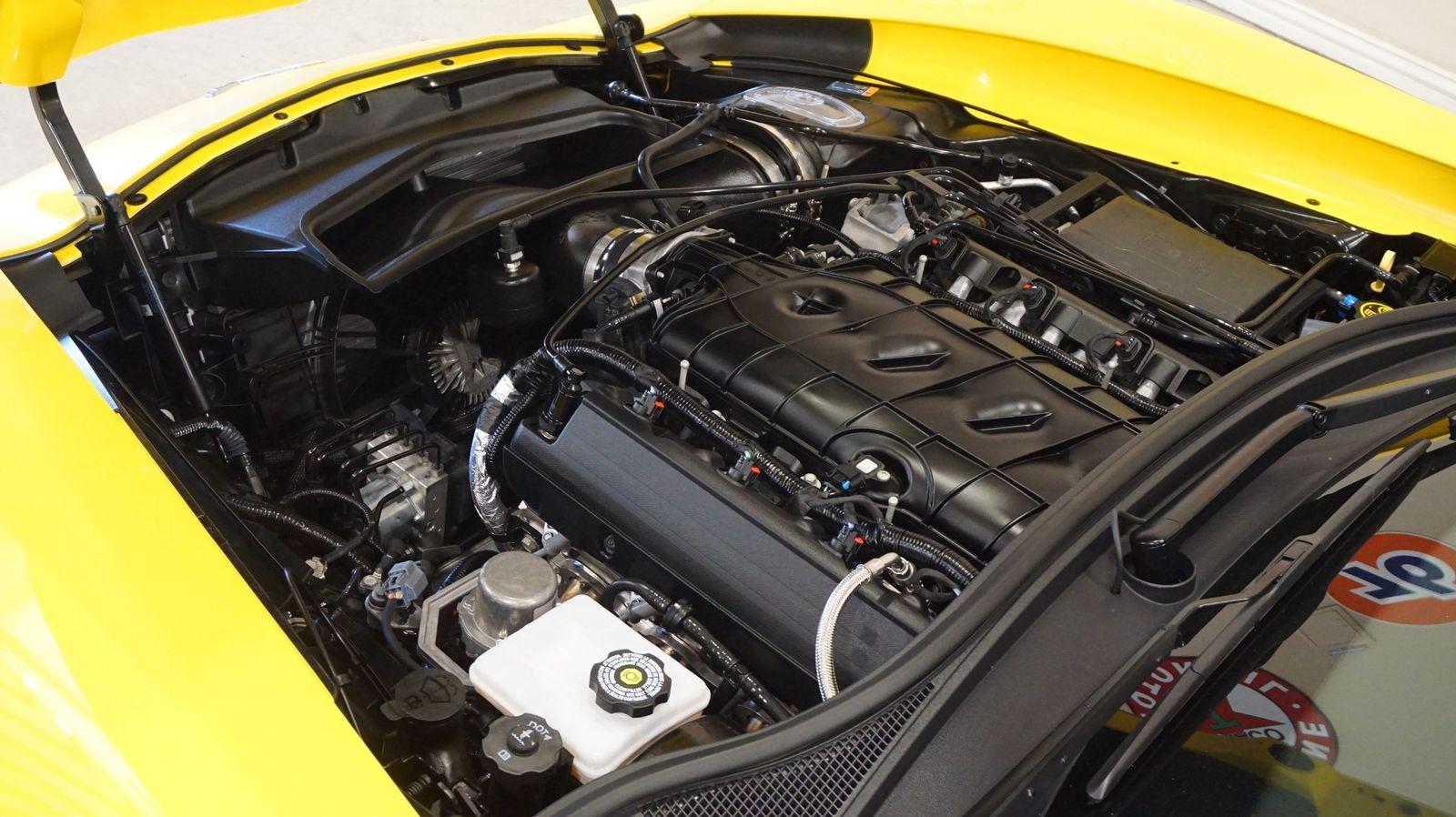 2017 Yellow Chevrolet Corvette Grand Sport 1LT | C7 Corvette Photo 9
