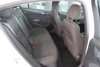 2017 Chevrolet Cruze LT W/ BACK UP CAM Chicago, Illinois 7