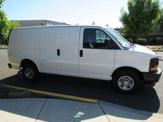 2017 Chevrolet Express Cargo Van Bend, Oregon 3