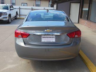 2017 Chevrolet Impala LT Clinton, Iowa 21