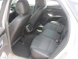 2017 Chevrolet Impala LT Dickson, Tennessee 6