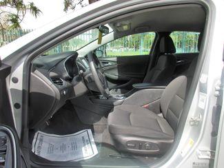 2017 Chevrolet Malibu LT Miami, Florida 9
