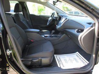 2017 Chevrolet Malibu LT Miami, Florida 7