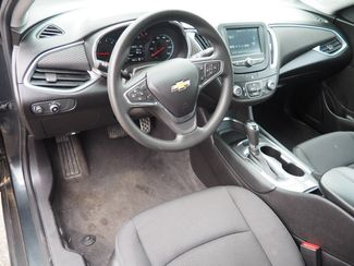 2017 Chevrolet Malibu LT Pampa, Texas 4