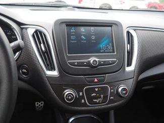 2017 Chevrolet Malibu LT Pampa, Texas 8