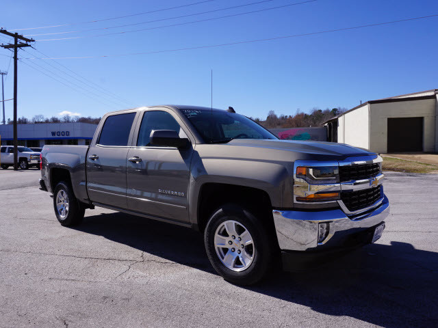 2017 Chevrolet Silverado 1500 LT Harrison, Arkansas 3