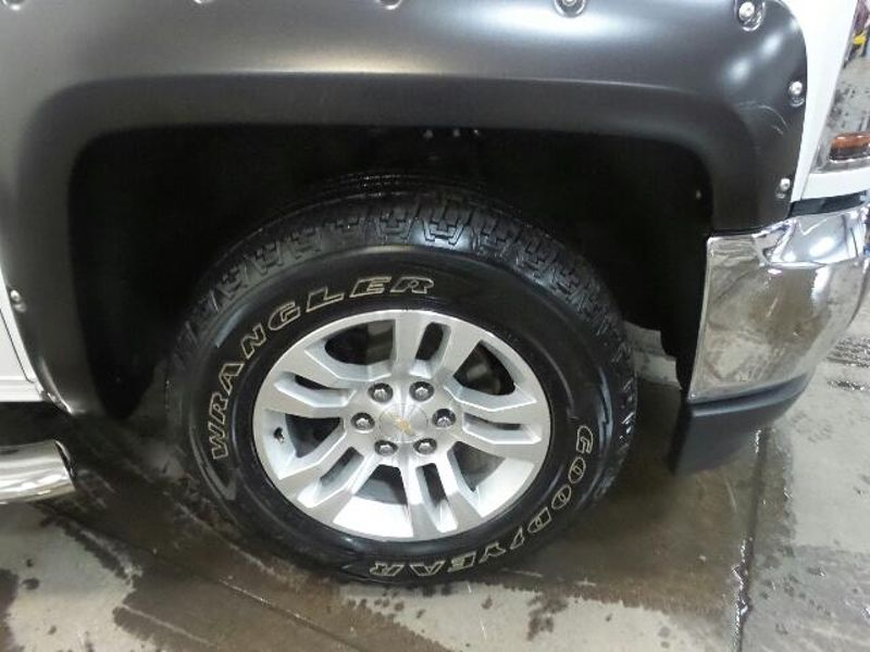 2017 Chevrolet Silverado 1500 LT  in Victoria, MN
