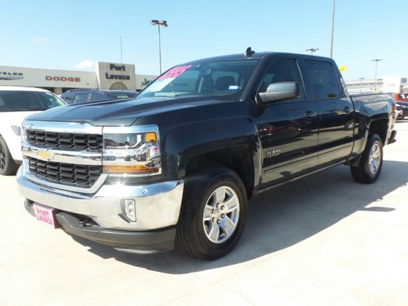 2017 Chevrolet Silverado 1500 LT   Texas  Victoria Certified  in , Texas