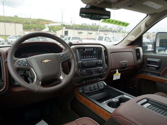 2017 Chevrolet Silverado 2500HD High Country Harrison, Arkansas 4